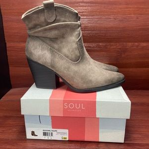 Soul by Naturalizer Maxime ankle boots Taupe 9M